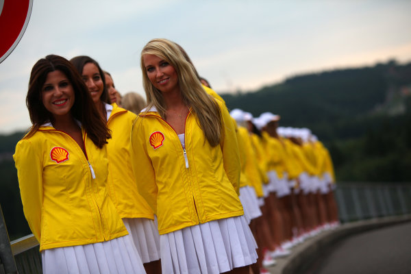 Spa-Francorchamps, Spa, Belgium. 24th August 2013. The Grid Girls get ready World Copyright: Sam Bloxham/LAT Photographic. ref: Digital Image IMG_8140.
