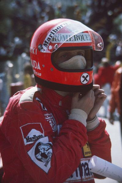 Long Beach, California, USA. 26th - 28th March 1976. Niki Lauda (Ferrari 312T), 2nd position, portrait.  World Copyright: LAT Photographic.  Ref: 76LB31.