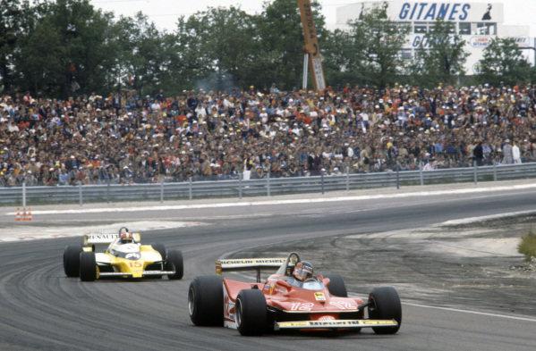 Gilles Villeneuve, Ferrari 312T4 leads Jean-Pierre Jabouille, Renault RS10.