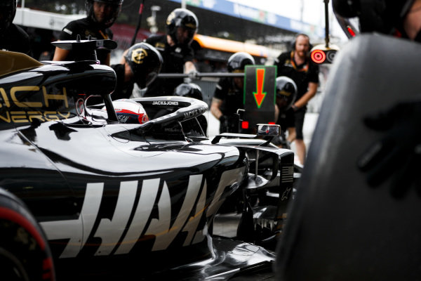 Romain Grosjean, Haas VF-19, makes a pit stop during practice