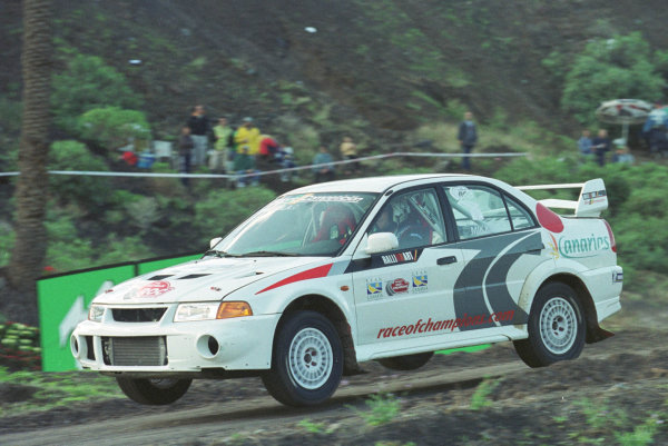 Race Of Champions. Gran Canaria, Spain. 6th December 1999. Hannu Mikkola (Mitsubishi EVO 6).World Copyright - HARDWICK