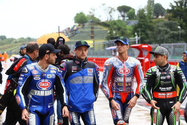 Cortes, Alex Lowes, Pata Yamaha, Michael van der Mark, Pata Yamaha, Leon Haslam, Kawasaki Racing Team leaving riders briefing.