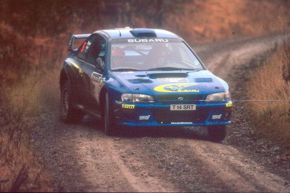 1999 World Rally ChampionshipNetwork Q, United Kingdom. 21st - 23rd November 1999.Rally winner Richard Burns, Subaru Impreza, action.World Copyright: Peter Spinney/LAT Photographic