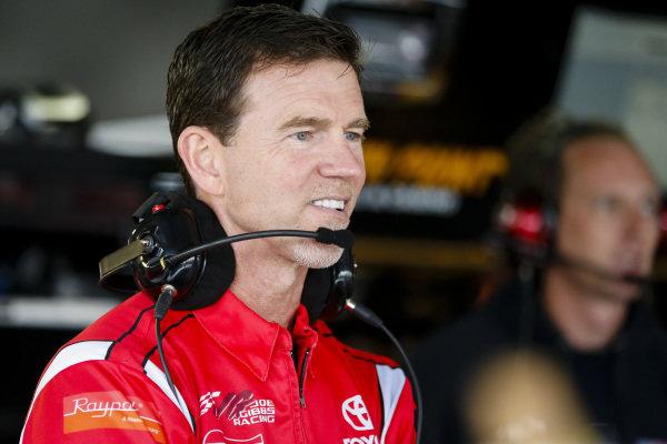 #20: Christopher Bell, Joe Gibbs Racing, Toyota Camry Rheem crew chief Jason Ratcliff
