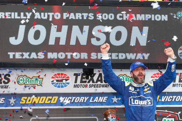 2017 Monster Energy NASCAR Cup Series O'Reilly Auto Parts 500 Texas Motor Speedway, Fort Worth, TX USA Sunday 9 April 2017 Jimmie Johnson celebrates his win with a burnout  World Copyright: Russell LaBounty/LAT Images ref: Digital Image 17TEX1rl_5470