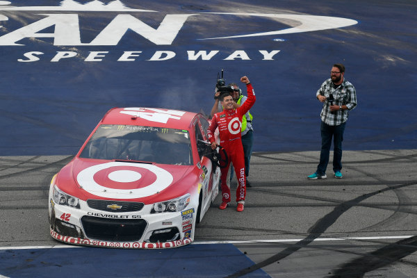 Monster Energy NASCAR Cup Series Pure Michigan 400 Michigan International Speedway, Brooklyn, MI USA Sunday 13 August 2017 Kyle Larson, Chip Ganassi Racing, Target Chevrolet SS celebrates after winning  World Copyright: Logan Whitton LAT Images
