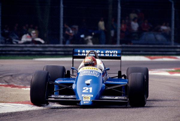 1987 Italian Grand Prix.Monza, Italy.4-6 September 1987.Alex Caffi (Osella FA1I Alfa Romeo).Ref-87 ITA 29.World Copyright - LAT Photographic
