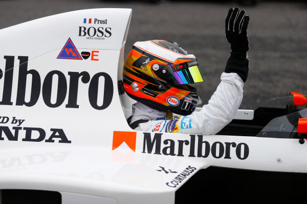 Suzuka Circuit, Japan. Saturday 08 October 2016. Stoffel Vandoorne, Test and Reserve Driver, McLaren, in the 1989 McLaren MP4/5 in which Alain Prost scored his third world drivers title. World Copyright: Steven Tee/LAT Photographic ref: Digital Image _R3I7488