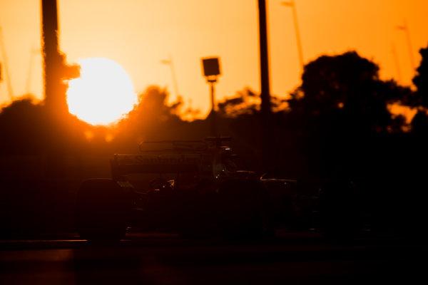 Yas Marina Circuit, Abu Dhabi, United Arab Emirates. Wednesday 29 November 2017. Sebastian Vettel, Ferrari SF70H.  World Copyright: Zak Mauger/LAT Images  ref: Digital Image _56I7163