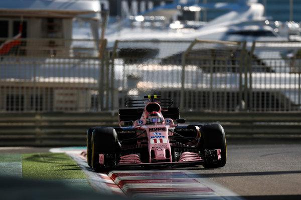 Yas Marina Circuit, Abu Dhabi, United Arab Emirates. Wednesday 29 November 2017. Sergio Perez, Force India VJM10 Mercedes.  World Copyright: Zak Mauger/LAT Images  ref: Digital Image _56I6377
