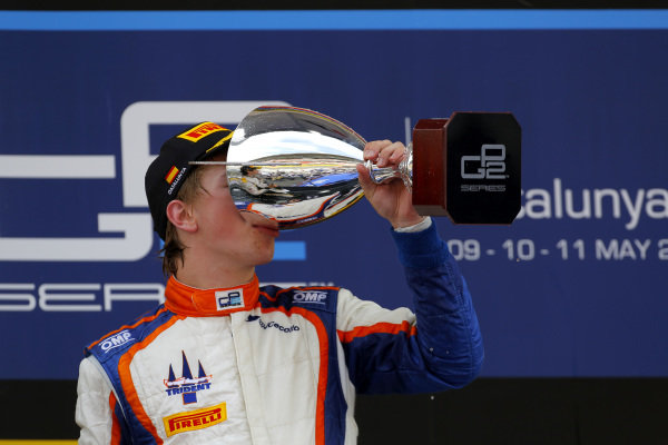 Race winner Johnny Cecotto (COL) Trident celebrates on the podium with the trophy. GP2 Series, Rd2, Barcelona, Spain, 9-11 May 2014.
