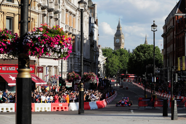 London, United Kingdom.  Wednesday 12 July 2017. Carlos Sainz Jr, Toro Rosso STR12 Renault. World Copyright: Zak Mauger/LAT Images  ref: Digital Image _54I2317