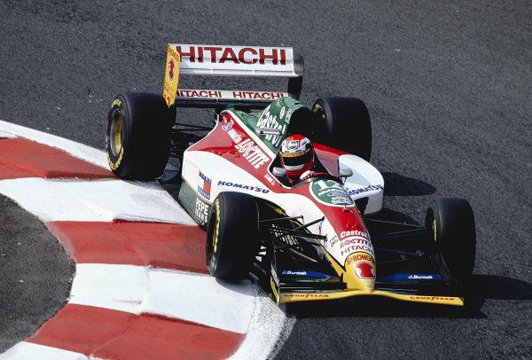 1993 French Grand Prix.Magny-Cours, France.2-4 July 1993.Johnny Herbert (Lotus 107B Mugen-Honda).Ref-93 FRA 15.World Copyright - LAT Photographic