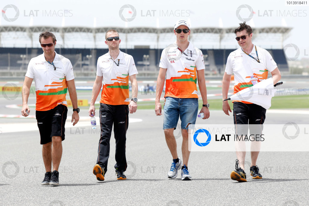 Bahrain International Circuit, Sakhir, Bahrain Thursday 18th April 2013 Adrian Sutil, Force India, walks the track with Force India team members. World Copyright: Charles Coates/LAT Photographic ref: Digital Image _N7T8081