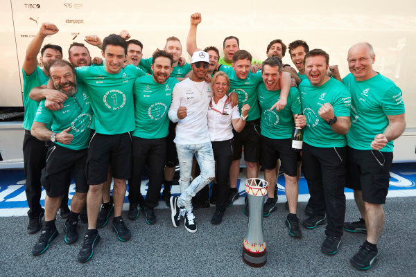 Circuit de Catalunya, Barcelona, Spain. Sunday 14 May 2017. Lewis Hamilton, Mercedes AMG, 1st Position, celebrates with his team. World Copyright: Steve Etherington/LAT Images ref: Digital Image SNE12765