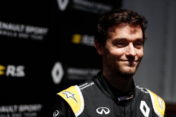 Renault  RS17  Formula 1 Launch. The Lindley Hall, London, UK. Tuesday 21 February 2017. Jolyon Palmer, Renault Sport F1.  World Copyright: Glenn Dunbar/LAT Images Ref: _X4I0033