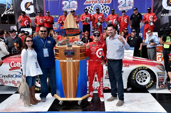 2017 Monster Energy NASCAR Cup Series Auto Club 400 Auto Club Speedway, Fontana, CA USA Sunday 26 March 2017Michael  Kyle Larson World Copyright: Rusty Jarrett/LAT Images ref: Digital Image 17FONrj_5494