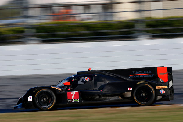 2017 WeatherTech Sportscar Championship December Daytona Testing Wednesday 6 December 2017 #7 Team Penske Acura DPi: Helio Castroneves, Ricky Taylor, Graham Rahal  World Copyright: Alexander Trienitz/LAT Images  ref: Digital Image 2017-IMSA-Test-Dayt-AT2-1092