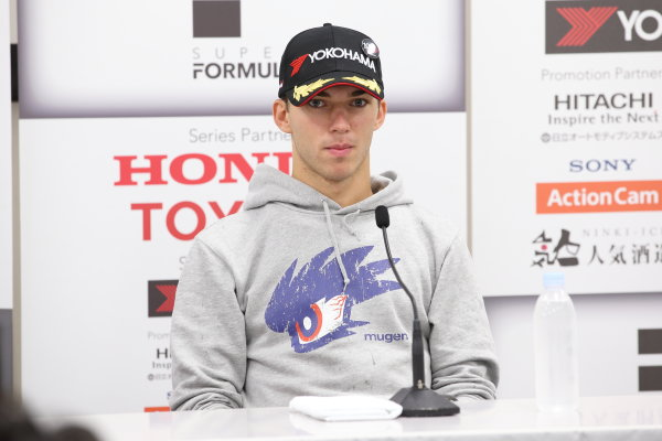 2017 Japanese Super Formula. Suzuka, Japan. 21st - 22nd October 2017. Rd 7. Cancelled race due to Typhoon. 2017 Driver?s 2nd position & Rookie of the Year Pierre Gasly ( #15 TEAM MUGEN SF14 ) portrait World Copyright: Yasushi Ishihara / LAT Images. Ref: 2017_SF_Rd7_020
