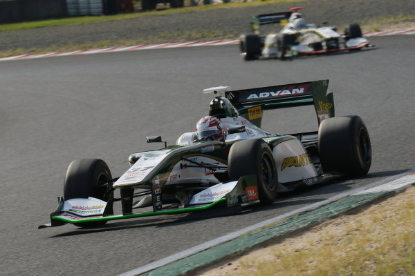 2016 Japanese Super Formula. Okayama, Japan.  Sunday 11 September 2016. Rd 5. Race2 2nd position Kazuki Nakajima ( #37 VANTELIN KOWA TOM'S SF14  ) action World Copyright: Yasushi Ishihara/LAT Photographic Ref : 2016SF_Rd5_R2_011