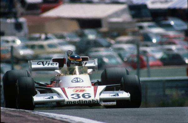 Jarama, Madrid, Spain. 6th-8th May 1977. Emilio de Villota (McLaren M23-Ford), 13th position, action.  World Copyright: LAT Photographic. Ref:  77ESP30