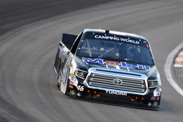 #46: Christian Eckes, Kyle Busch Motorsports, Toyota Tundra Mobil 1