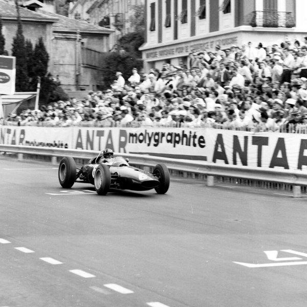 1963 Monaco Grand Prix.Monte Carlo, Monaco.23-26 May 1963.Graham Hill (BRM P57) 1st position.Ref-19096.World Copyright - LAT Photographic