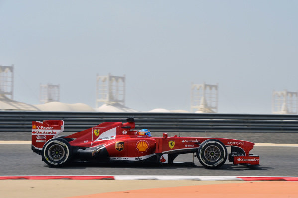 Fernando Alonso (ESP) Ferrari F138.Formula One World Championship, Rd4, Bahrain Grand Prix, Practice, Bahrain International Circuit, Sakhir, Bahrain, Friday 19 April 2013.