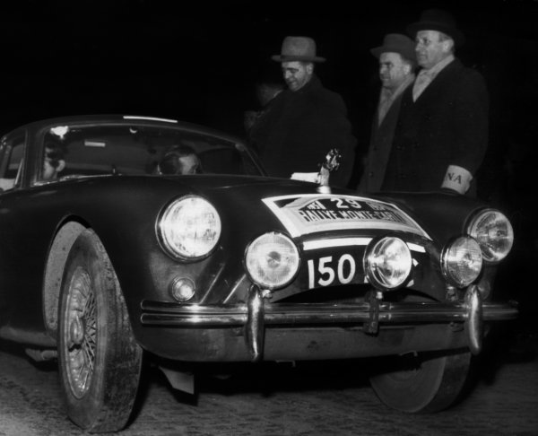 Oslo, Norway 21st january 1958.J Sunley/T Pigott, AC, 42nd position overall, leave Oslo on the very first stage of the Rally, action.World Copyright: LAT Photographic.Ref: Autocar Used Pic Pg 115 24th January 1958.