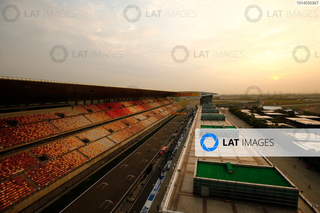 Shanghai International Circuit, Shanghai, China. Friday 15 April 2016. A view of the circuit at sunset. World Copyright: Andy Hone/LAT Photographic ref: Digital Image _ONY4861