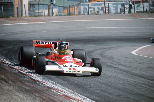 Jarama, Spain. 2nd May 1976.  James Hunt (McLaren M23-Ford), 1st position, action.  World Copyright: LAT Photographic.  Ref:  76 ESP 24.