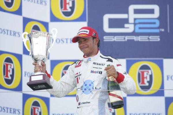2006 GP2 Series Round 6. Silverstone, England. 11th June 2006. Sunday race. Lewis Hamilton (GBR, ART Grand Prix) race winner. Podium. World Copyright: Andrew Ferraro/GP2 Series Media Service. Ref: Digital Image Only.YY8P4334 jpg