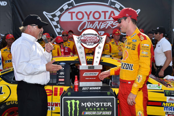 Monster Energy NASCAR Cup Series Toyota Owners 400 Richmond International Raceway, Richmond, VA USA Sunday 30 April 2017 Joey Logano, Team Penske, Shell Pennzoil Ford Fusion wins. World Copyright: Rusty Jarrett LAT Images ref: Digital Image 17RIC1rj_4401