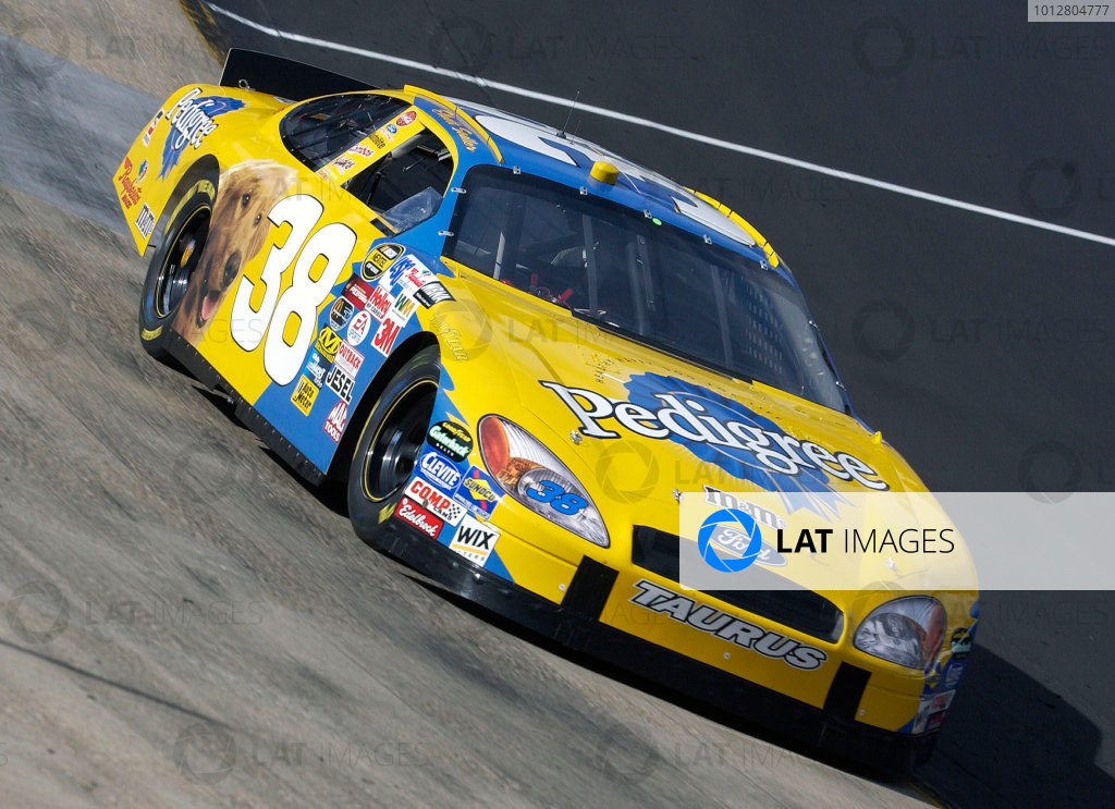 2004 NASCAR Bristol