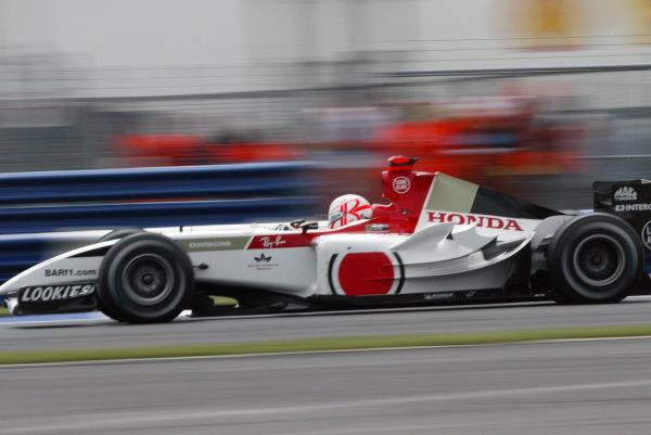2004 British Grand Prix - Friday Practice,Silverstone, Britain. 09th July 2004.Jenson Button (BAR 006-Honda).World Copyright: Steve Etherington/LAT Photographic ref: Digital Image Only