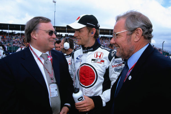 2004 British Grand PrixSilverstone England. 9th - 11th July.Jenson Button, BAR Honda 006 with Deputy Prime Minister John Prescott and Richard Caborn.World Copyright:Peter Spinney/LAT Photographic Ref:35mm image A03