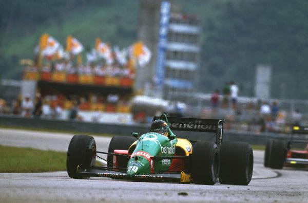 Jacarepagua, Rio de Janeiro, Brazil.1-3 April 1988.Thierry Boutsen (Benetton B188-Ford), retired, action. World Copyright: LAT Photographic. Ref: 88BRA50