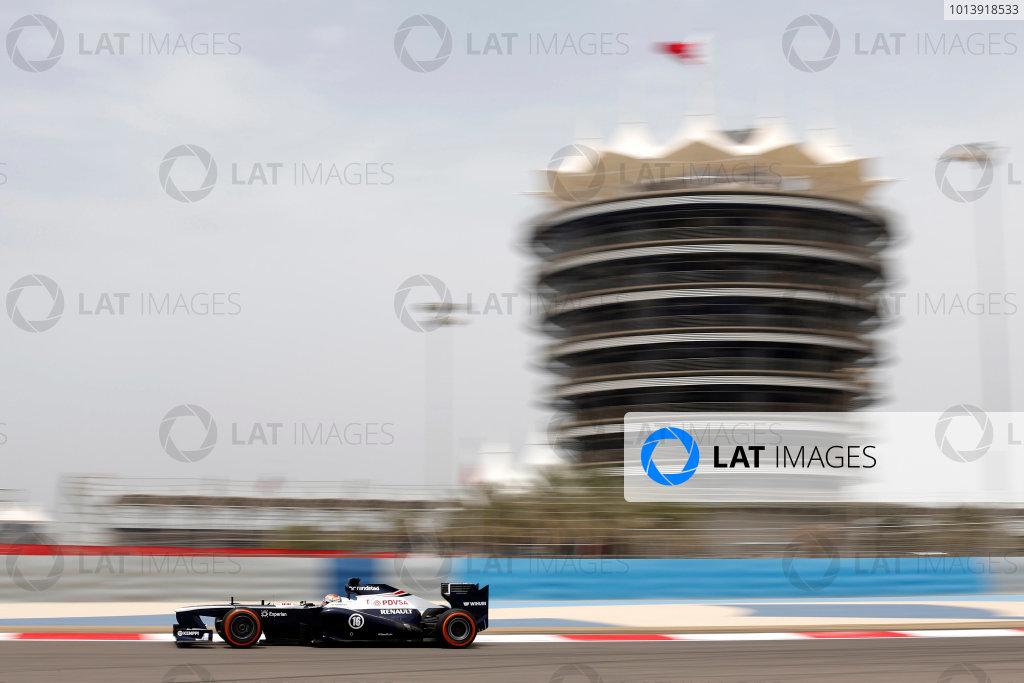 Bahrain International Circuit, Sakhir, Bahrain Friday 19th April 2013 Pastor Maldonado, Williams FW35 Renault.  World Copyright: Andrew Ferraro/LAT Photographic ref: Digital Image _79P9338