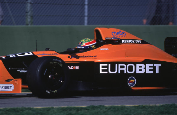 FIA International F3000 Championship Imola, Italy. 7-9/4/2000 Mark Webber. Arrows F3000 Team photo: World - LAT Photographic