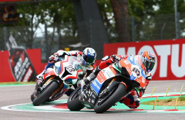 Lorenzo Zanetti, Ducati, Markus Reiterberger, BMW Motorrad WorldSBK Team.