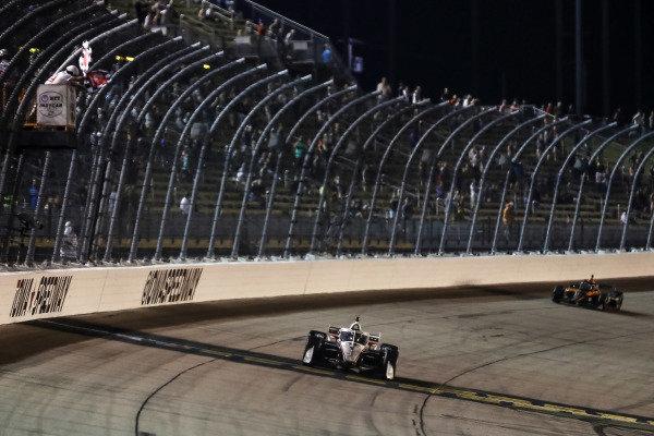 #1: Josef Newgarden, Team Penske Chevrolet takes the checkered flag