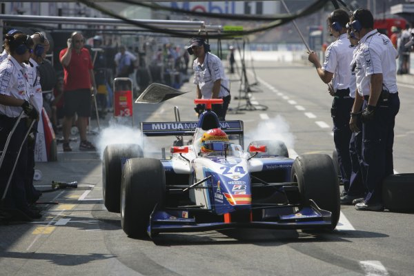 2006 GP2 Series Round 8. Hockenheim, Germany. 30th July 2006. Sunday race. Adrian Valles (ESP, Campos Racing). Action. World Copyright: Andrew Ferraro/GP2 Series Media Service. Ref: Digital Image Only.ZP9O8821 jpg