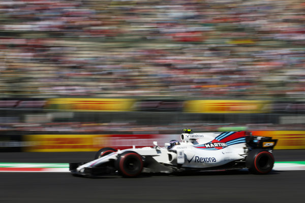 Autodromo Hermanos Rodriguez, Mexico City, Mexico. Friday 27 October 2017. Lance Stroll, Williams FW40 Mercedes. World Copyright: Charles Coates/LAT Images  ref: Digital Image DJ5R1392