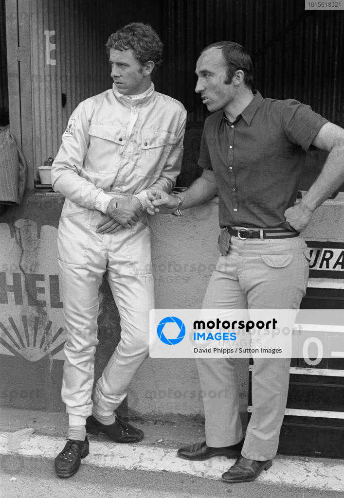 Piers Courage(GBR) and his Entrant Frank Williams(GBR), right. In the race Courage retired after 21 laps with a loose nose cone French GP, Clermont Ferrand, 6 July 1969