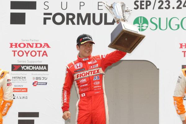 2017 Japanese Formula 3 Championship Sugo, Japan. 23rd - 24th September 2017. Rd 19 & 20. Rd 20 Winner Hiroki Otsu ( #2 TODA RACING ) podium portrait World Copyright: Yasushi Ishihara / LAT Images. Ref: 2017_JF3_R19&20_018