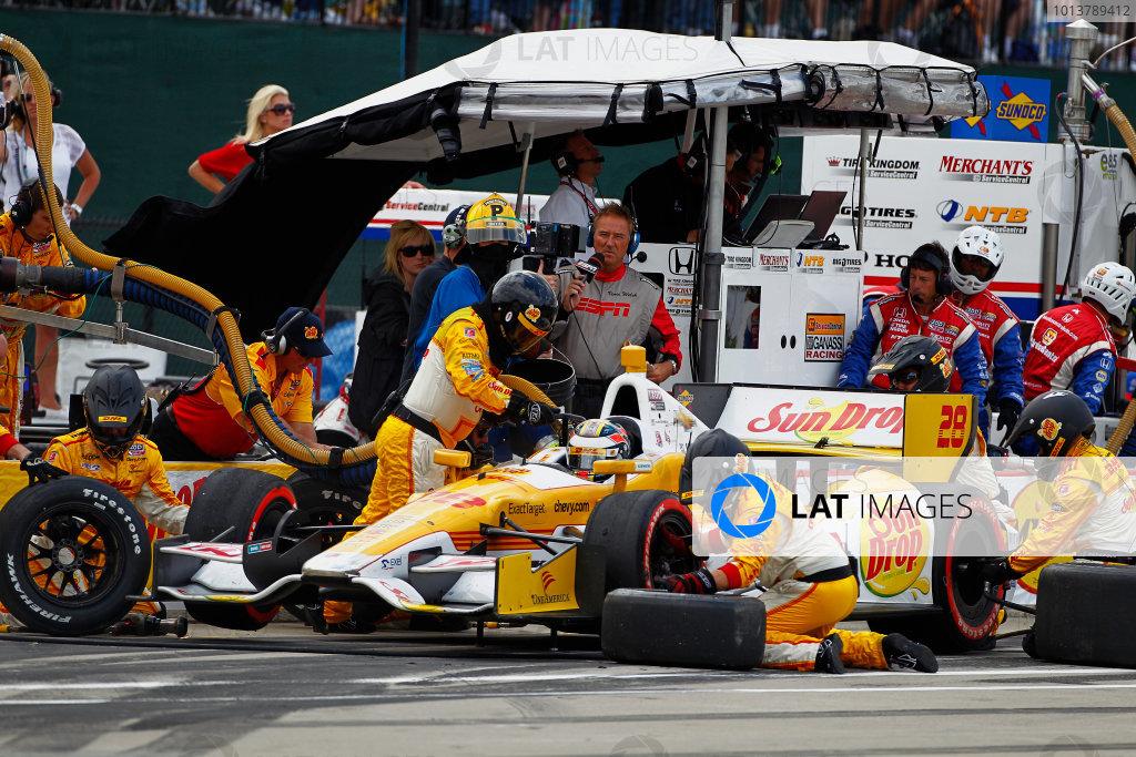 1-3 June, 2012, Detroit, Michigan, USARyan Hunter-Reay completes a pit stop.(c)2012, Phillip G. AbbottLAT Photo USA