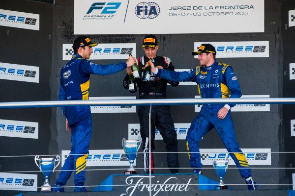 2017 FIA Formula 2 Round 10. Circuito de Jerez, Jerez, Spain. Sunday 8 October 2017. Nicholas Latifi (CAN, DAMS), Artem Markelov (RUS, RUSSIAN TIME), Oliver Rowland (GBR, DAMS).  Photo: Zak Mauger/FIA Formula 2. ref: Digital Image _X0W2965