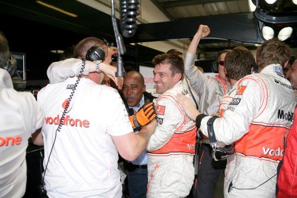 2007 British Grand Prix - Saturday QualifyingSilverstone, Northamptonshire, England.7th July 2007.Lewis Hamilton's father Anthony celebrates Pole Position at the British GP. Portrait.World Copyright: Steven Tee/LAT Photographicref: Digital Image YY2Z5608