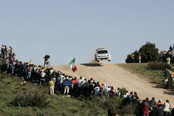 2005 FIA World Rally Championship  Round 5, Rally of Italy, Sardinia. 29th - 1st May April 2005. xxx World Copyright: Mcklein/LAT Photographic Ref: Digital Image Only.