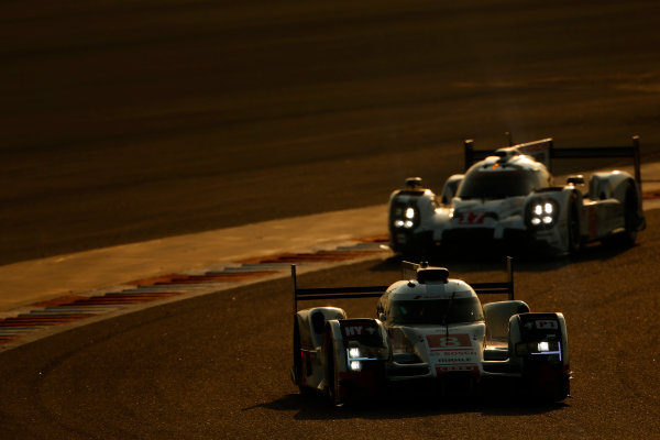 2015 FIA World Endurance Championship Bahrain 6-Hours Bahrain International Circuit, Bahrain Saturday 21 November 2015. Lucas Di Grassi, Lo?c Duval, Oliver Jarvis (#8 LMP1 Audi Sport Team Joest Audi R18 e-tron quattro) leads Timo Bernhard, Mark Webber, Brendon Hartley (#17 LMP1 Porsche AG Porsche 919 Hybrid). World Copyright: Alastair Staley/LAT Photographic ref: Digital Image _79P0746